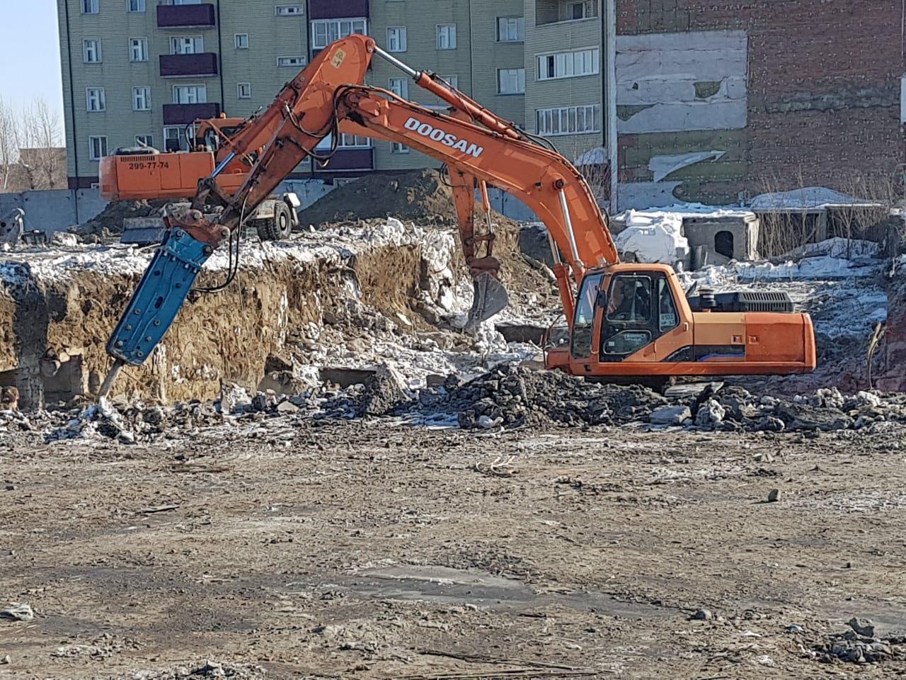 https://spectehnika-zakaz.ru/dop-uslugi/the-digging-of-pits/